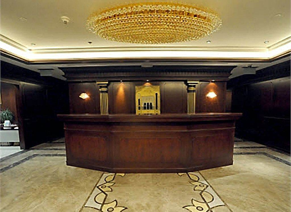 Classical Reception Desks